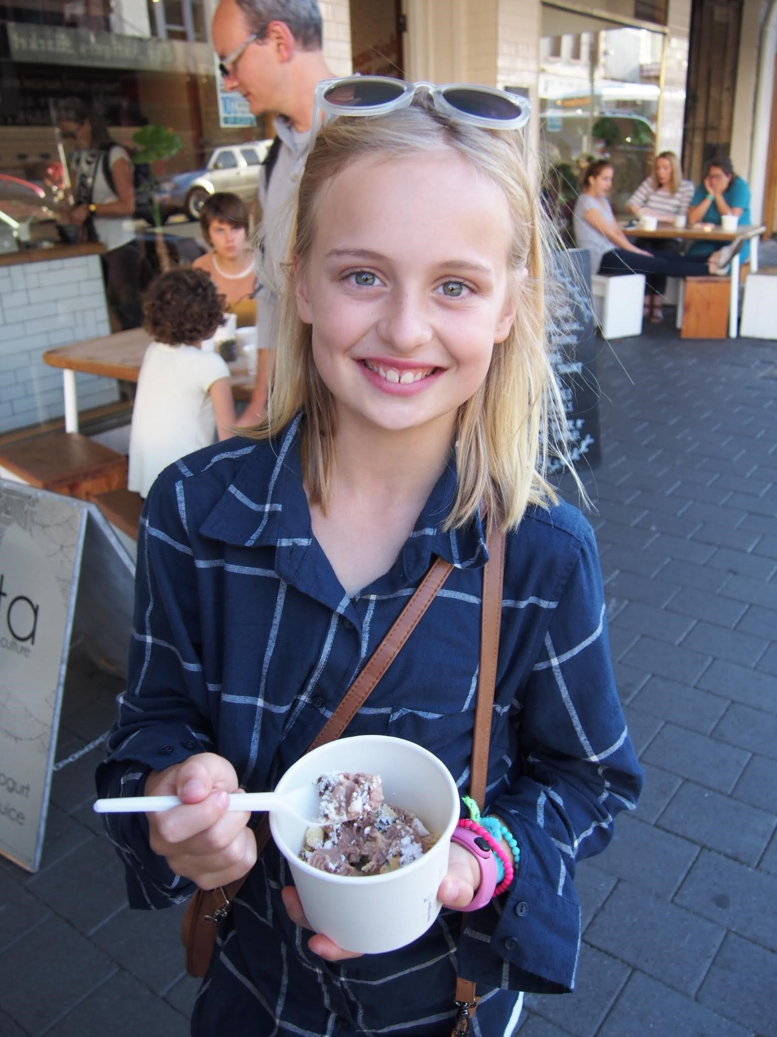 Dining Out With Kids: A Survival Guide [Guest Post]