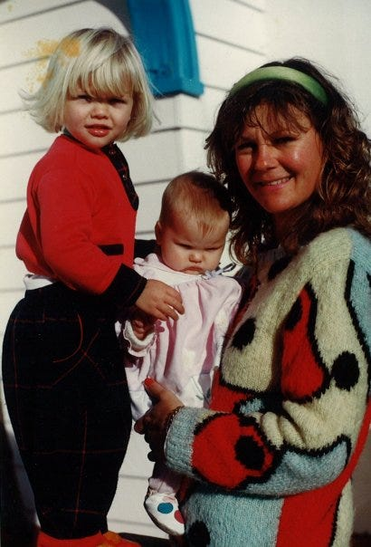 Colleen Bennett with kids Chloe and Hannah