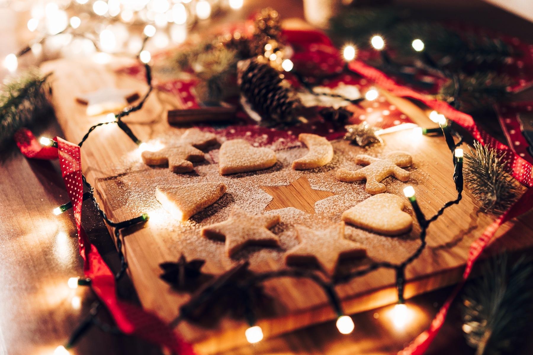 baking-christmas-cookies-dough
